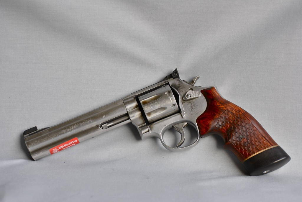 S&W 686+ with Hogue Grips